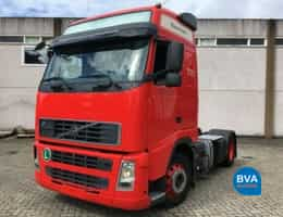 Volvo tractor units (ADR)