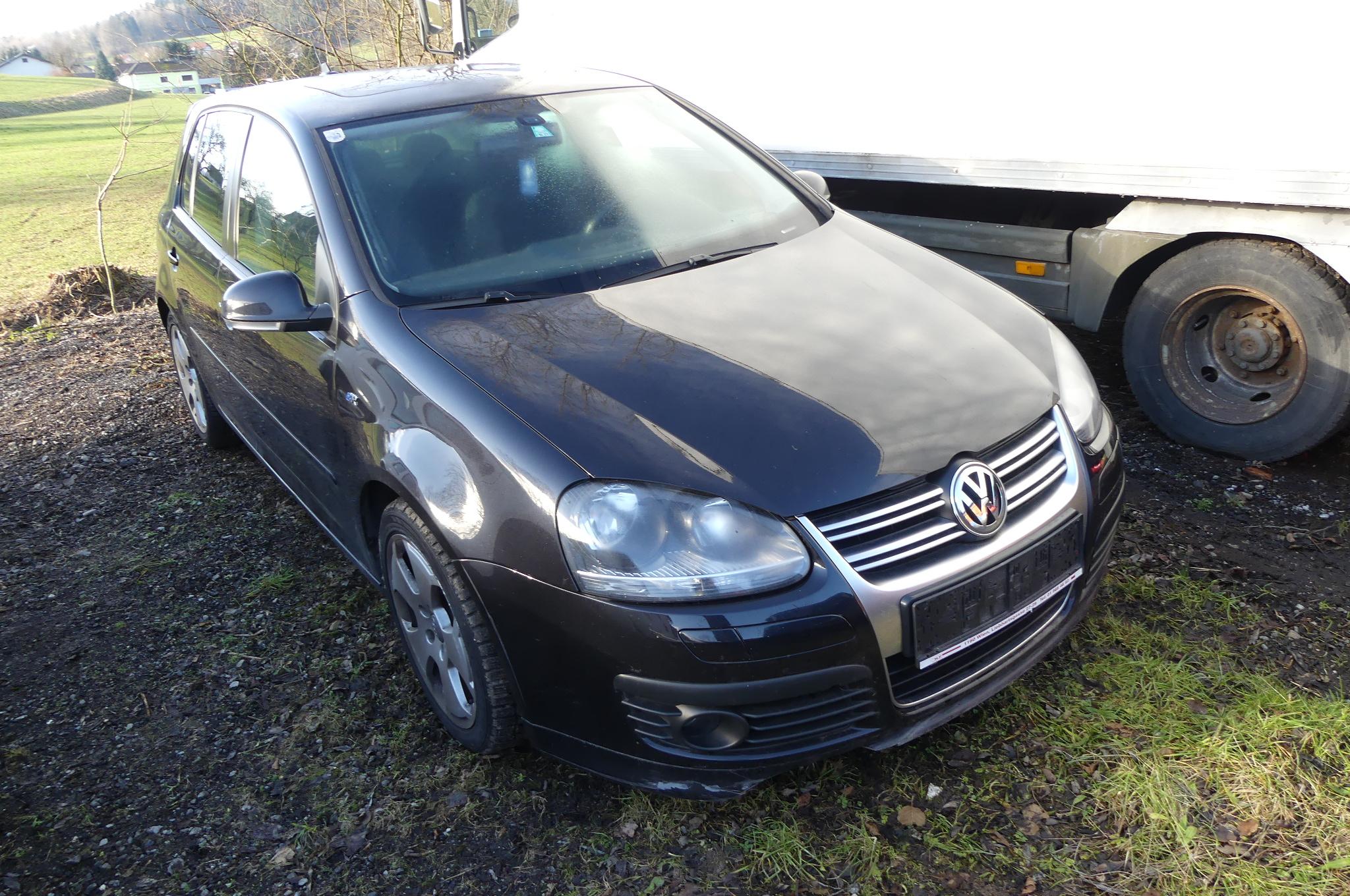 PKW (M1) VW Golf