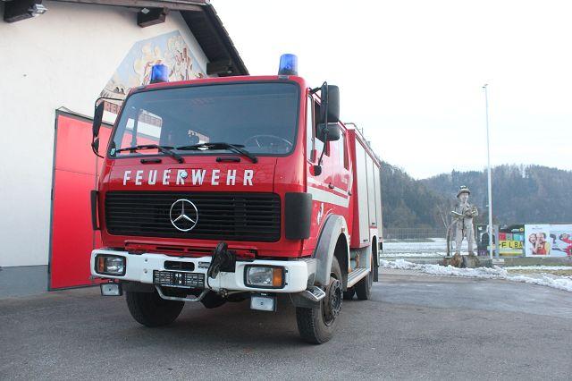 Feuerwehrfahrzeug Mercedes Benz 1017AF36, TLFA-2000