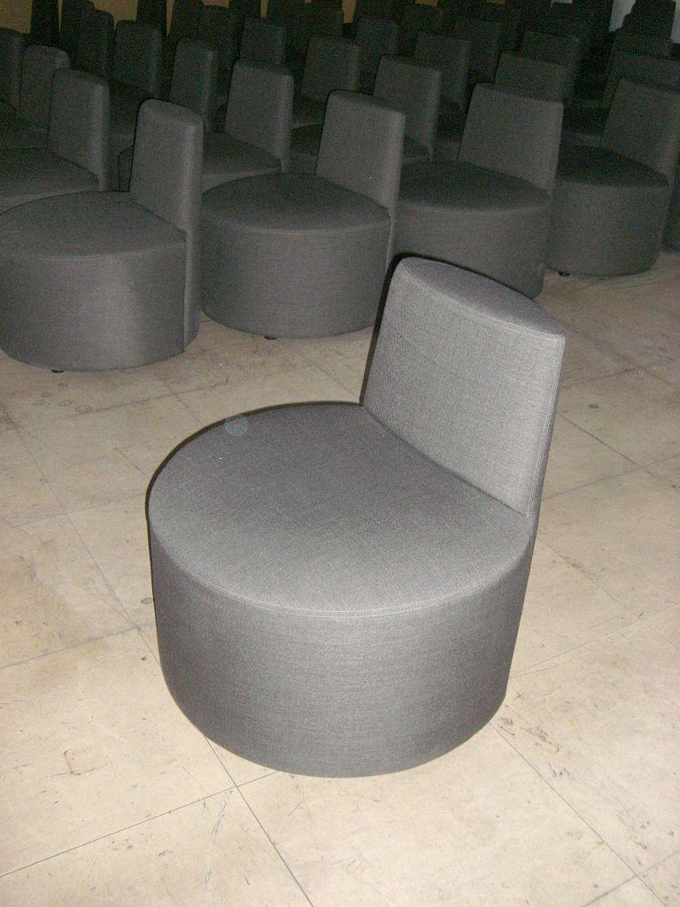 2 Stk. Sitzmöbel, rund mit Lehne