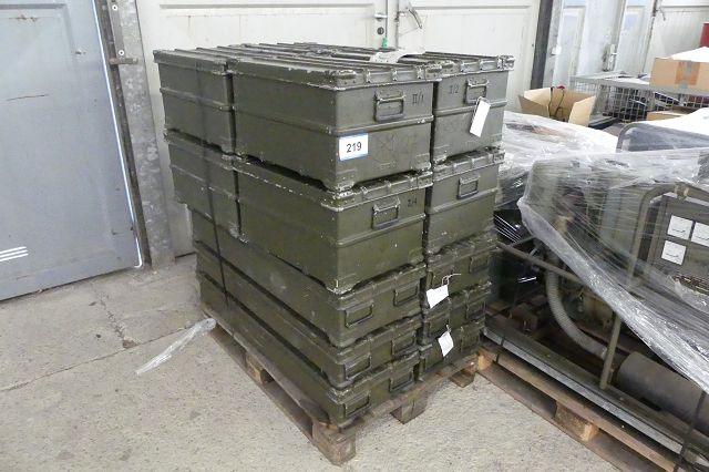 14 Stk. Transport/Ersatzteilboxen