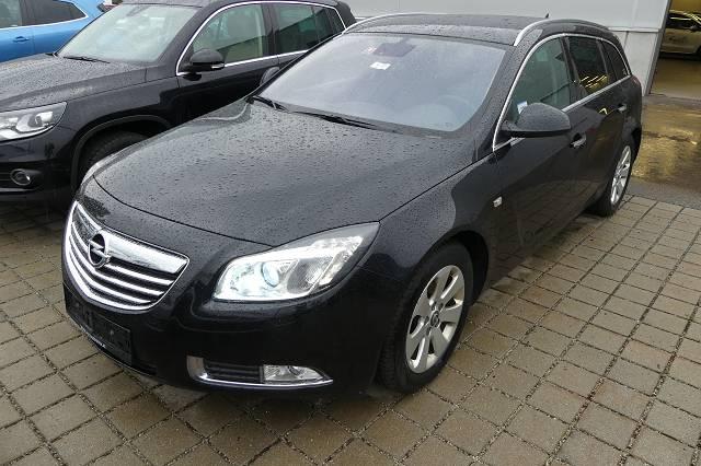 PKW (M1) Opel Insignia Kombi ST 2.0 Cosmo CDTI DPF