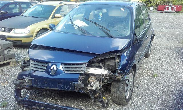 PKW (M1) Renault Scenic JM
